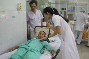 Nội soi gắp thành công dị vật phức tạp nằm trong phổi bệnh nhân