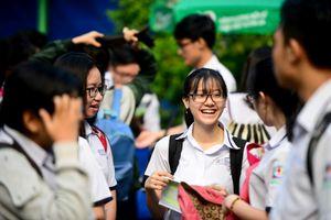 Nhiều đại học ở Sài Gòn tiếp tục xét tuyển bằng học bạ