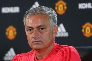 M.U và trận khai màn căng thẳng nhất triều đại Mourinho