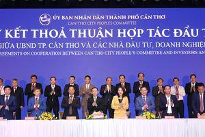 Vietnam Airlines và thành phố Cần Thơ ký kết thỏa thuận hợp tác