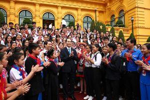 Chủ tịch nước: 'Đầu tư cho trẻ em là đầu tư cho tương lai đất nước'
