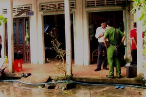 Nóng: Nghi án cặp vợ chồng ở Vĩnh Long bị con trai sát hại
