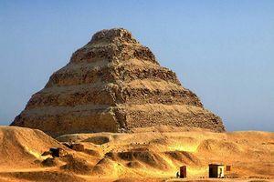 Khám phá những bí ẩn xung quanh kim tự tháp đầu tiên của Ai Cập