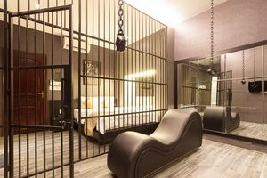 Khách sạn kiểu '50 sắc thái' phạm lỗi gì?