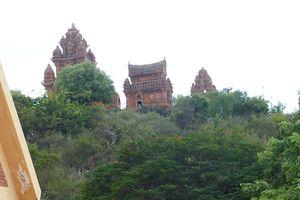 Ghi nhanh tại Tháp Chàm Po Klong Garai