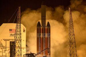 NASA phóng tàu vũ trụ tiến sát Mặt trời
