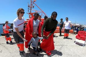 Đức, Tây Ban Nha thúc đẩy hợp tác giải quyết vấn đề người di cư