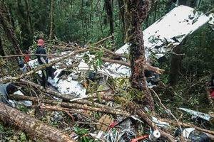 Rơi máy bay ở Indonesia, cậu bé 12 tuổi sống sót thần kỳ