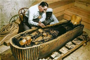 Cái chết chấn động của 8 người xâm phạm lăng mộ pharaoh Ai Cập