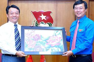 Bí thư thứ nhất T.Ư Đoàn tiếp đoàn đại biểu thanh niên Trung Quốc
