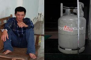 Đối tượng ôm bình gas xông vào Trung tâm VTV tại Cần Thơ để tự tử