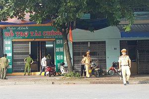 Bắt 4 nghi can trong vụ côn đồ bắn nhau làm chết người qua đường