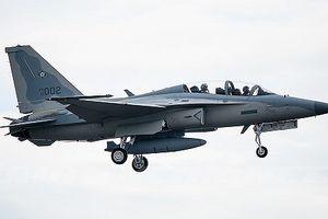 Trung Quốc đe dọa máy bay quân sự Philippines trên Biển Đông