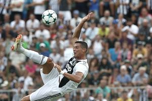 Ronaldo chính thức có bàn thắng đầu tiên cho Juventus