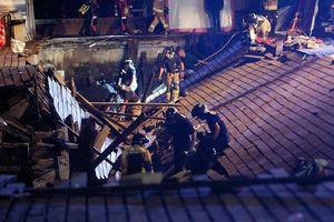 Clip: Sập cầu cảng trong một lễ hội âm nhạc ở Tây Ban Nha