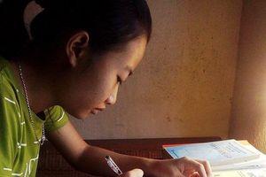 Nữ sinh nghèo được cấp học bổng vào ĐH Bách khoa Hà Nội