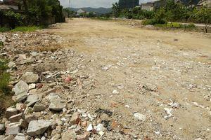 Nghệ An: Nền đường phố được đắp bằng rác thải xây dựng