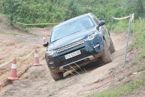 Jaguar Land Rover Việt Nam tổ chức trải nghiệm xe tại Đà Nẵng