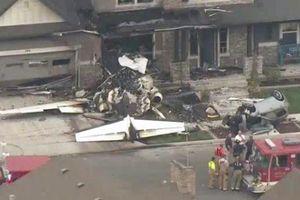 Mỹ: Lái máy bay đâm thẳng vào nhà mình khi vợ con đang ở trong