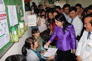 Bộ trưởng Nguyễn Thị Kim Tiến: Chăm sóc con người là chăm sóc cả lúc bệnh và cả lúc khỏe