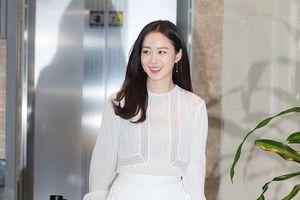 Kim Tae Hee quyết định đầu quân cho công ty mới sau gần 1 năm nghỉ sinh
