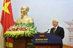 Việt Nam phải thể hiện tiếng nói mạnh mẽ hơn
