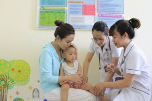 Gia tăng ca bệnh sởi do trẻ chưa được tiêm phòng: Chuyện cũ mà không cũ