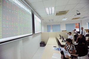 Chuyên gia KIS: Thị trường chứng khoán Việt Nam đang hấp dẫn để mua vào