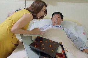 'Gạo nếp gạo tẻ': Thúy Ngân mắng mẹ ruột, đổ cơm lên người cha chồng