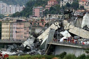 Thảm họa cầu sập ở Italy nhìn từ trên không