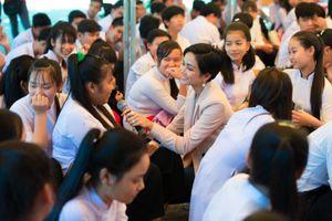 Hoa hậu H'Hen Niê trở thành Đại sứ Toàn cầu của tổ chức hỗ trợ GD
