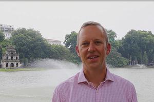 Tân Đại sứ Anh trổ tài nói tiếng Việt