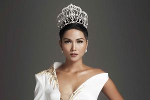 Hoa hậu H'Hen Niê trở thành Đại sứ Toàn cầu của tổ chức giáo dục Room To Read