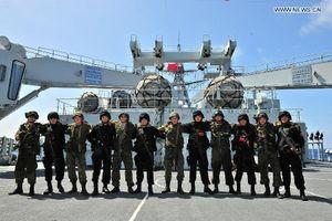 Tin thế giới 15/8: Mỹ 'tự bắn vào chân', 'cuộc chiến mới' của Nga - Trung