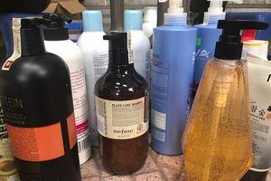 Hải Phòng: Tạm giữ 2 tấn hóa mỹ phẩm không rõ nguồn gốc