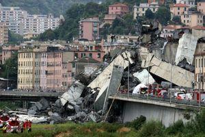 Hiện trường vụ sập cầu tại Italy, ít nhất 26 người thiệt mạng