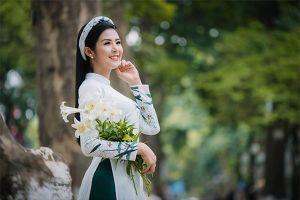 Hoa hậu Ngọc Hân tham gia Đại lễ Vu Lan báo hiếu 2018