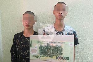 Thanh niên cướp 100.000 đồng trên ban thờ thần tài: 'Bố mẹ bỏ rơi khi cháu chưa biết nói'