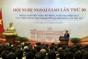 Ngoại giao vì lợi ích đất nước