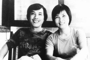 'Bát hương bốc cháy khi thắp nén nhang đầu cho gia đình Lưu Quang Vũ'
