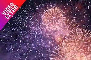 Lễ hội pháo hoa rực rỡ vào mùa hè ở Nhật Bản