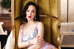 Angela Phương Trinh mặc kiệm vải khoe đường cong nóng bỏng