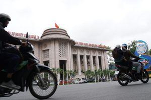 Tỷ giá USD/VND: 'Thị trường không thiếu cung. Về tổng thể vẫn tốt'