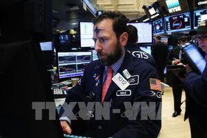 Thị trường chứng khoán Âu-Mỹ đồng loạt giảm điểm