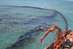 Xử phạt hành vi vi phạm ứng phó sự cố tràn dầu