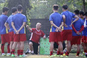 Olympic Việt Nam: Thầy trò HLV Park Hang-seo luyện tập hăng say trước trận gặp Nepal