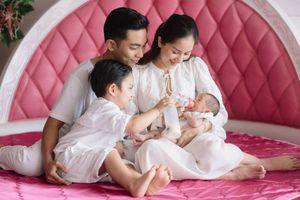 Khánh Thi lên tiếng về tin đồn rạn nứt, chia tay với chồng trẻ