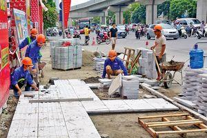 Không triển khai tràn lan đầu tư lát đá vỉa hè các tuyến phố