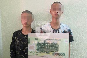 Ra tay cướp 100.000 đồng trên ban thờ thần tài