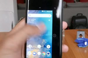 NÓNG: Sony Xperia XZ2 bất ngờ giảm giá đến 8,7 triệu đồng